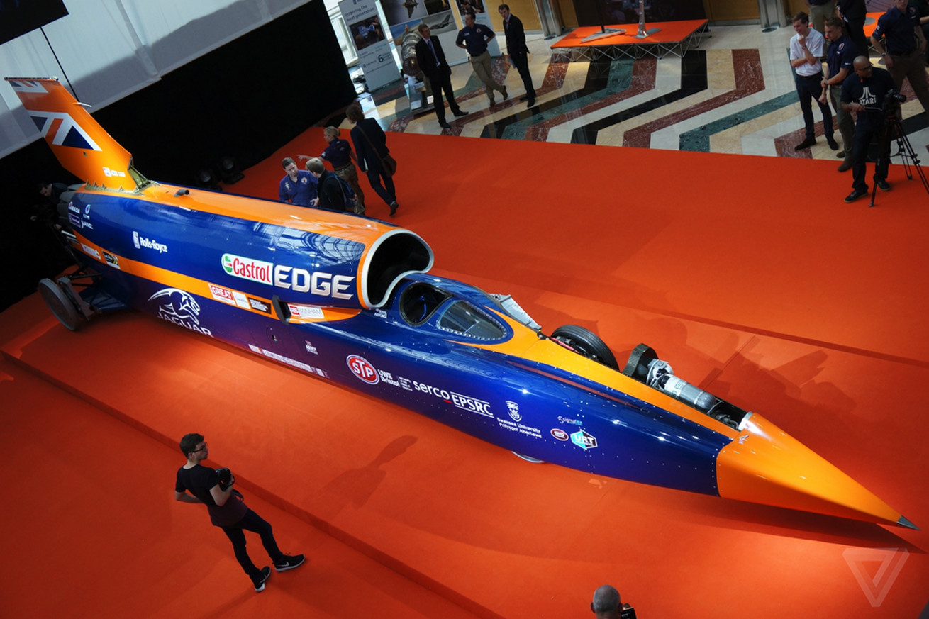 rocket car won t break 1 000 miles per hour unless company raises 33 million