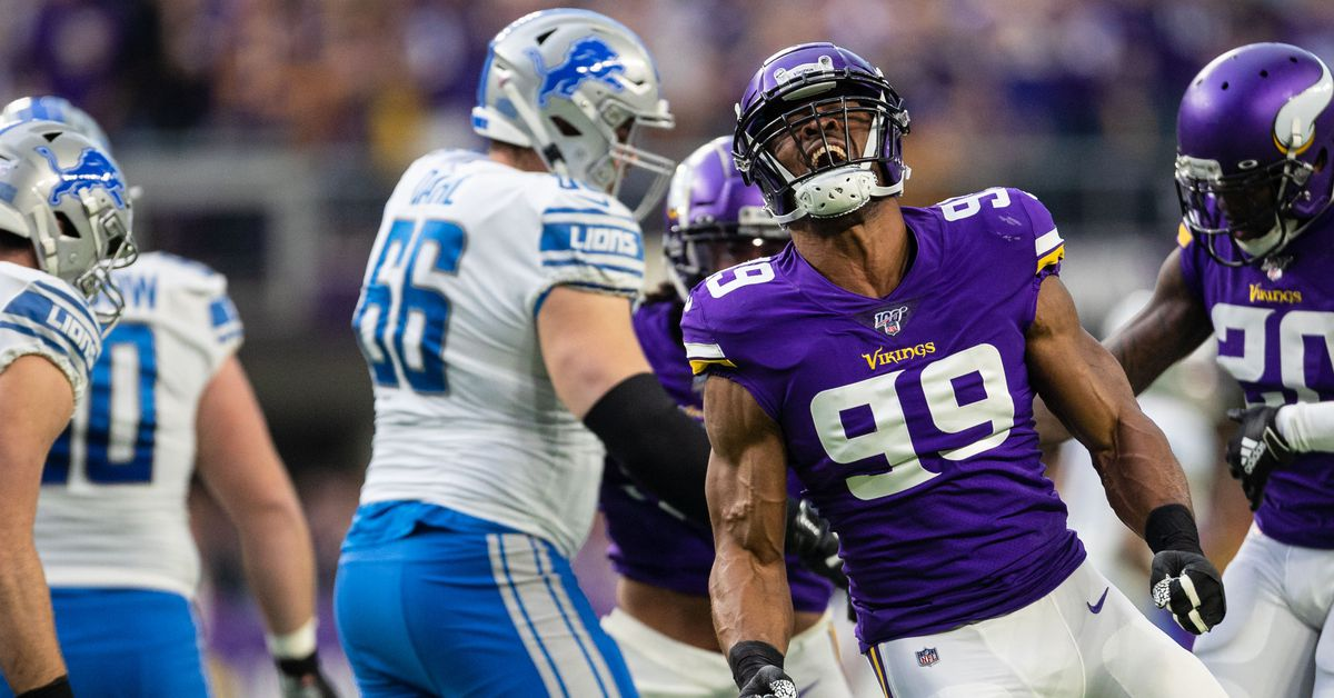Danielle Hunter sets another NFL sack record