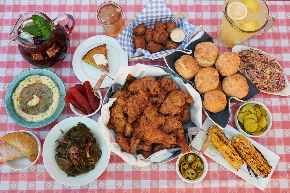 Reckon's fried chicken and sides