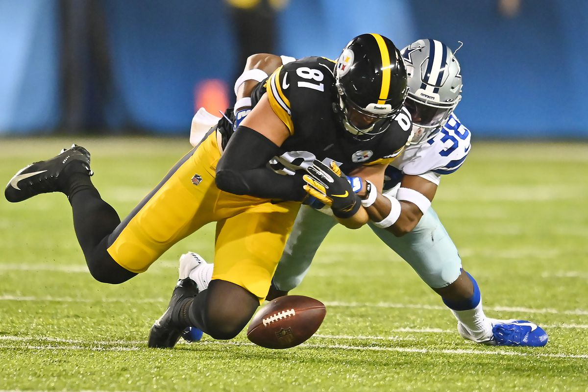 NFL: Pro Football Hall of Fame Game-Dallas Cowboys at Pittsburgh Steelers