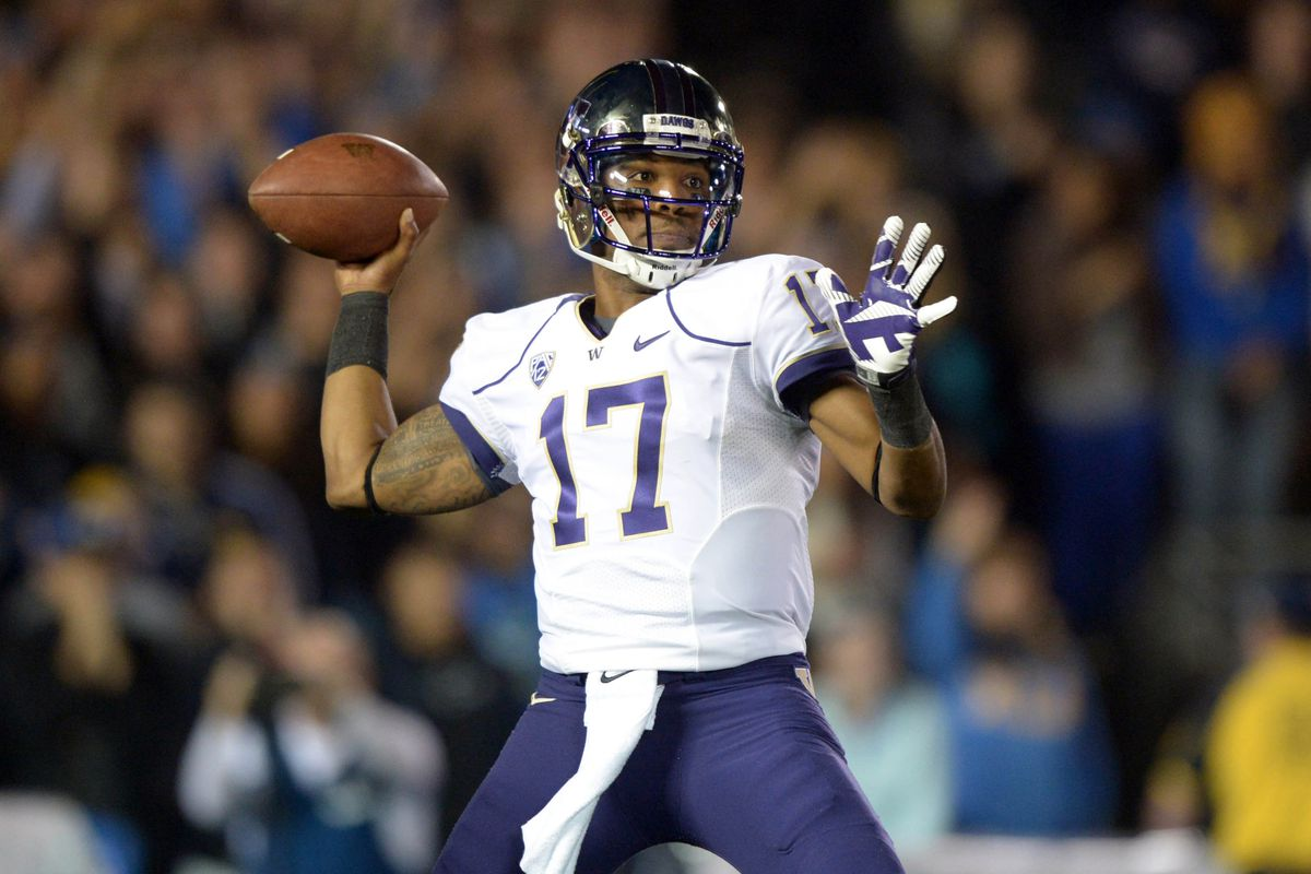 Will UW's senior quarterback be back for the Apple Cup?