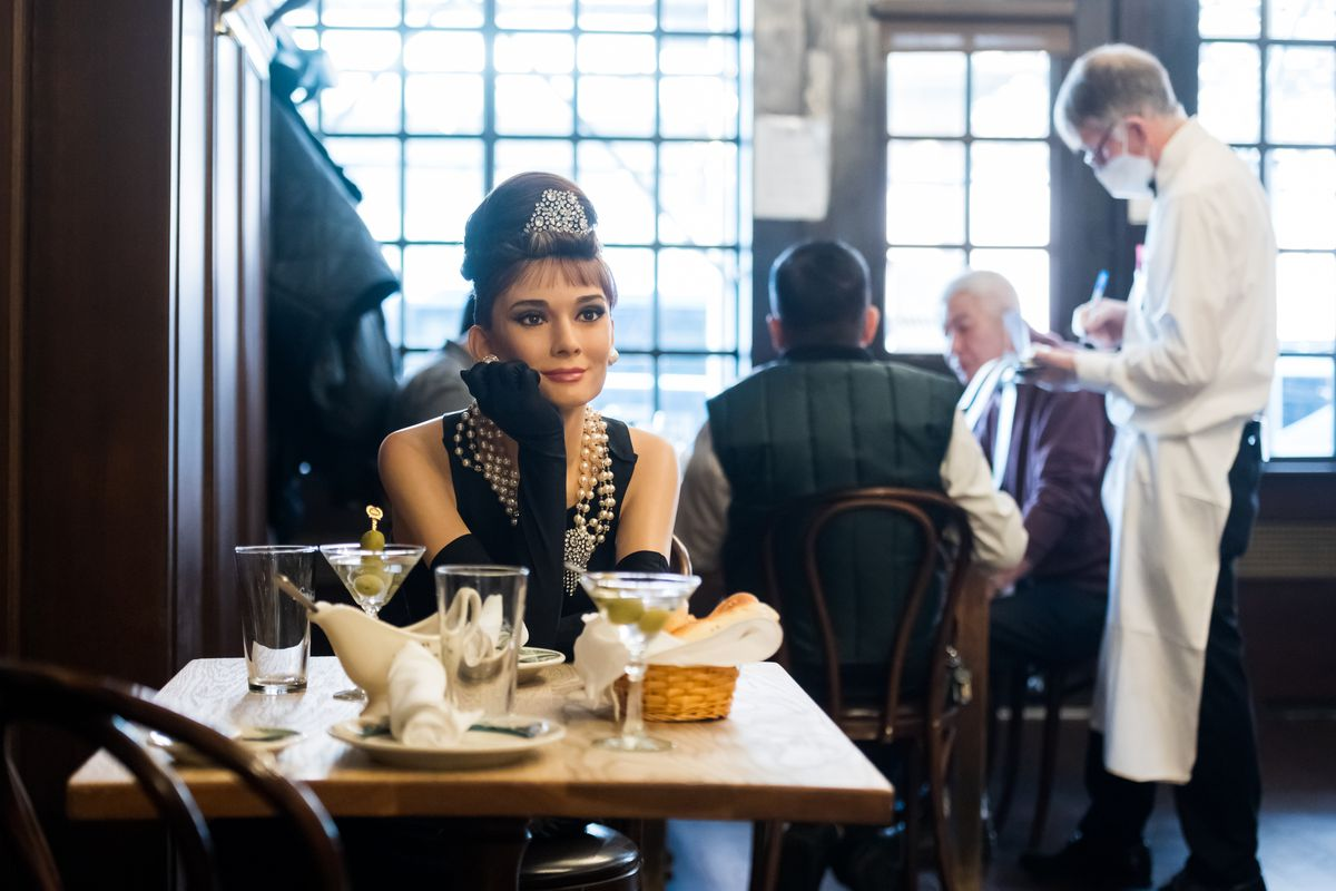 Madame Tussauds Wax Figures Join Diners At Peter Luger Steakhouse To Help With Social Distancing