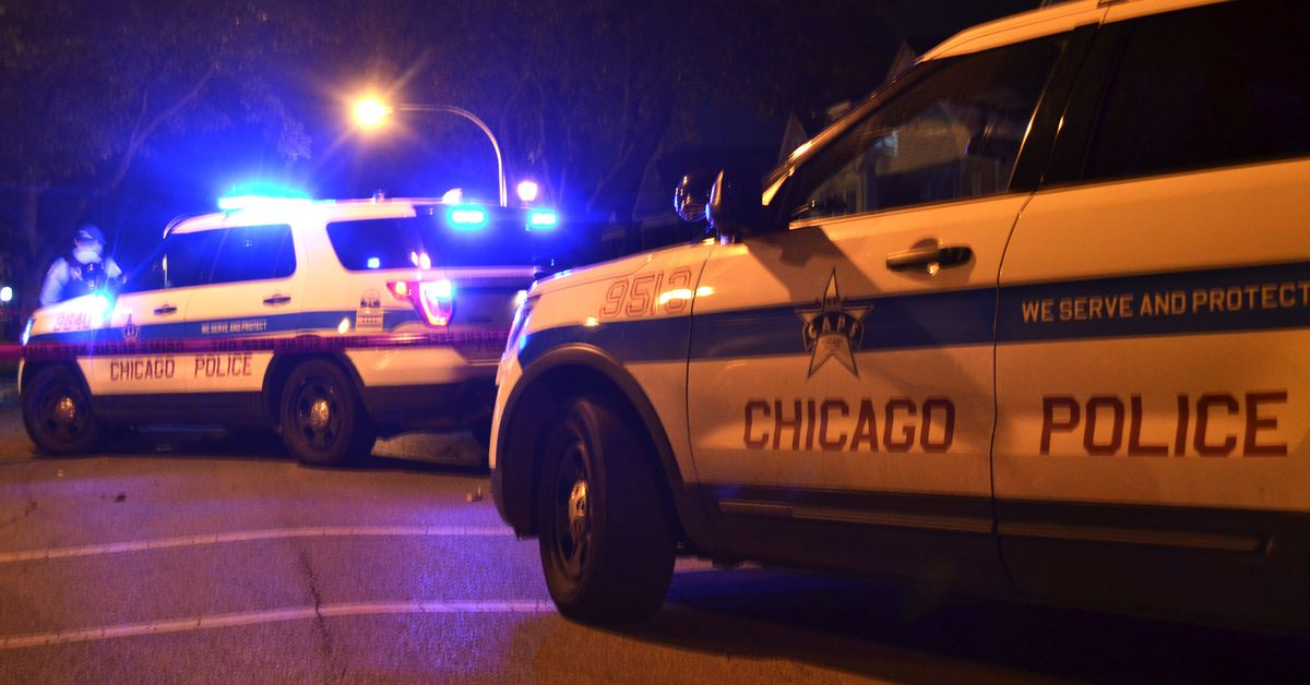 2 killed, 13 shot, Monday in Chicago