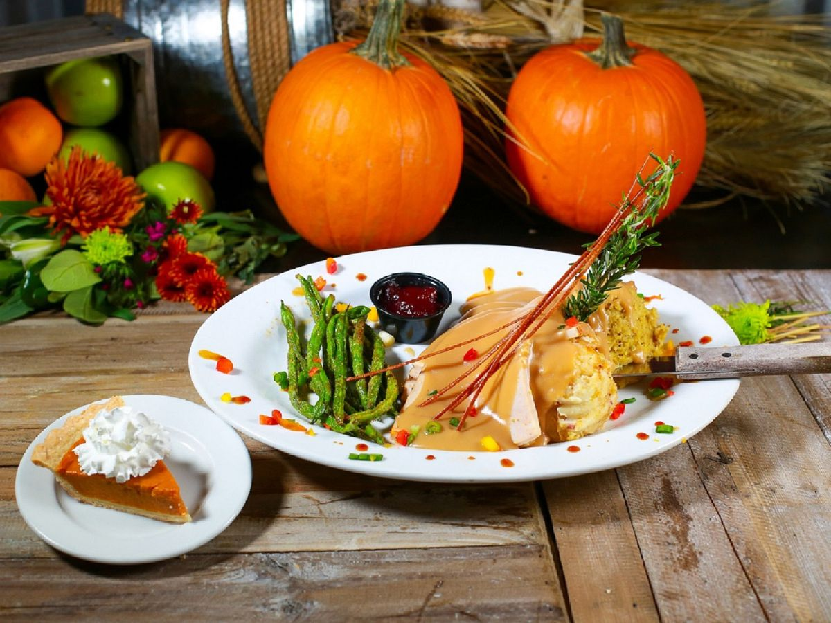 Thanksgiving dinner at Hash House A Go Go