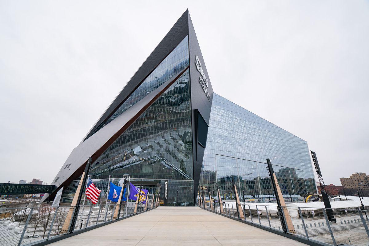Minneapolis Exteriors And Landmarks - 2017