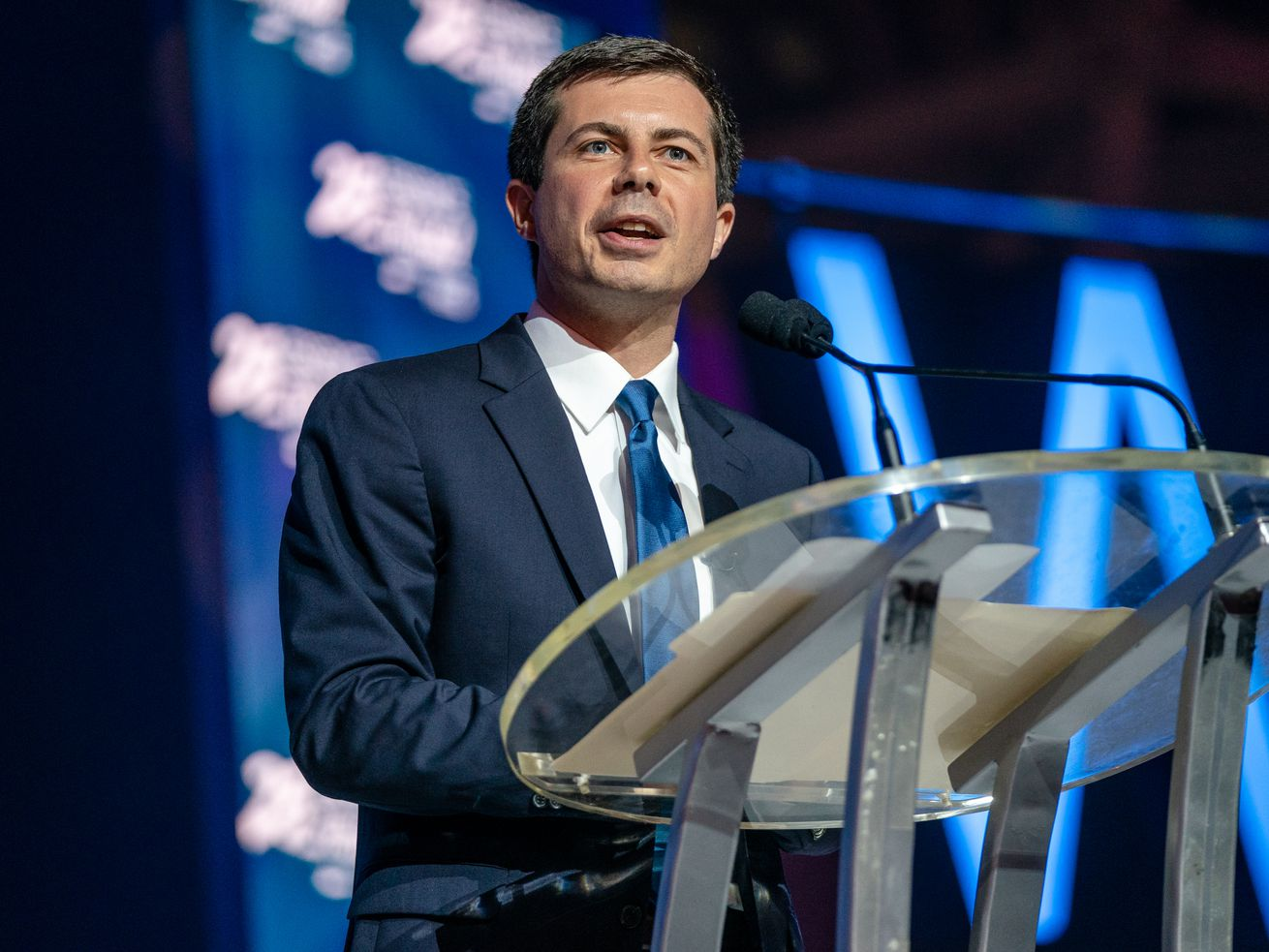 Pete Buttigieg lays out his plan to help black Americans - The Reports
