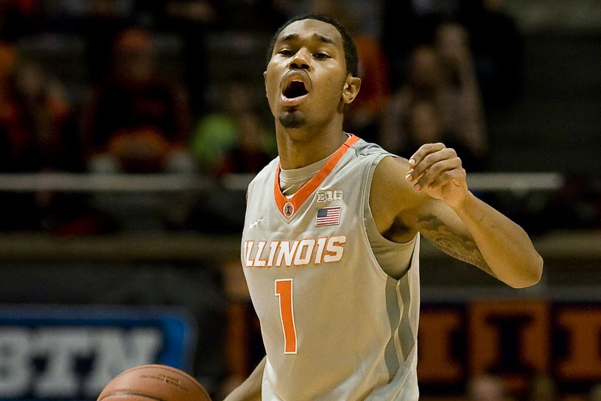 Jaylon Tate leads the point for the Illini against Northwestern