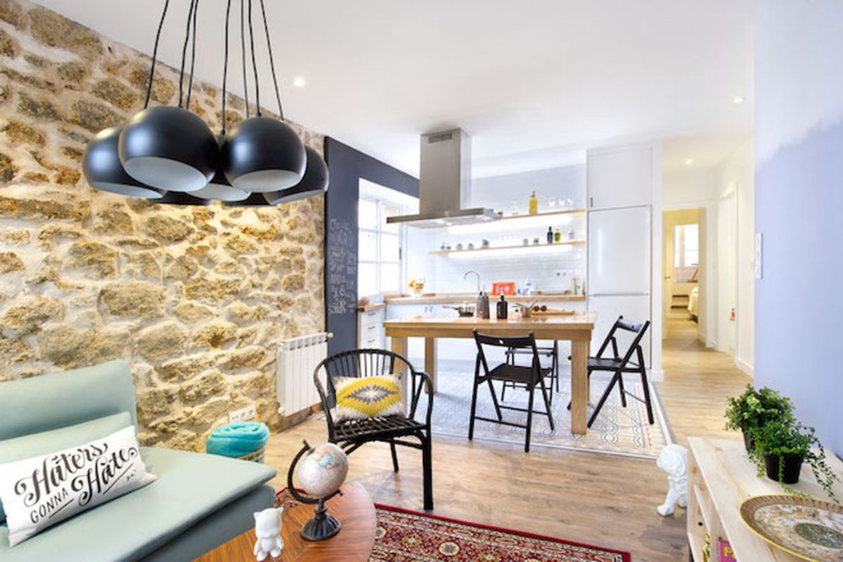 """All photos via <a href=""""http://www.egueyseta.com/?lang=en"""">egue &amp; seta</a> via <a href=""""http://www.apartmenttherapy.com/a-little-spanish-apartment-full-of-quirky-color-222221"""">Apartment Therapy</a>"""