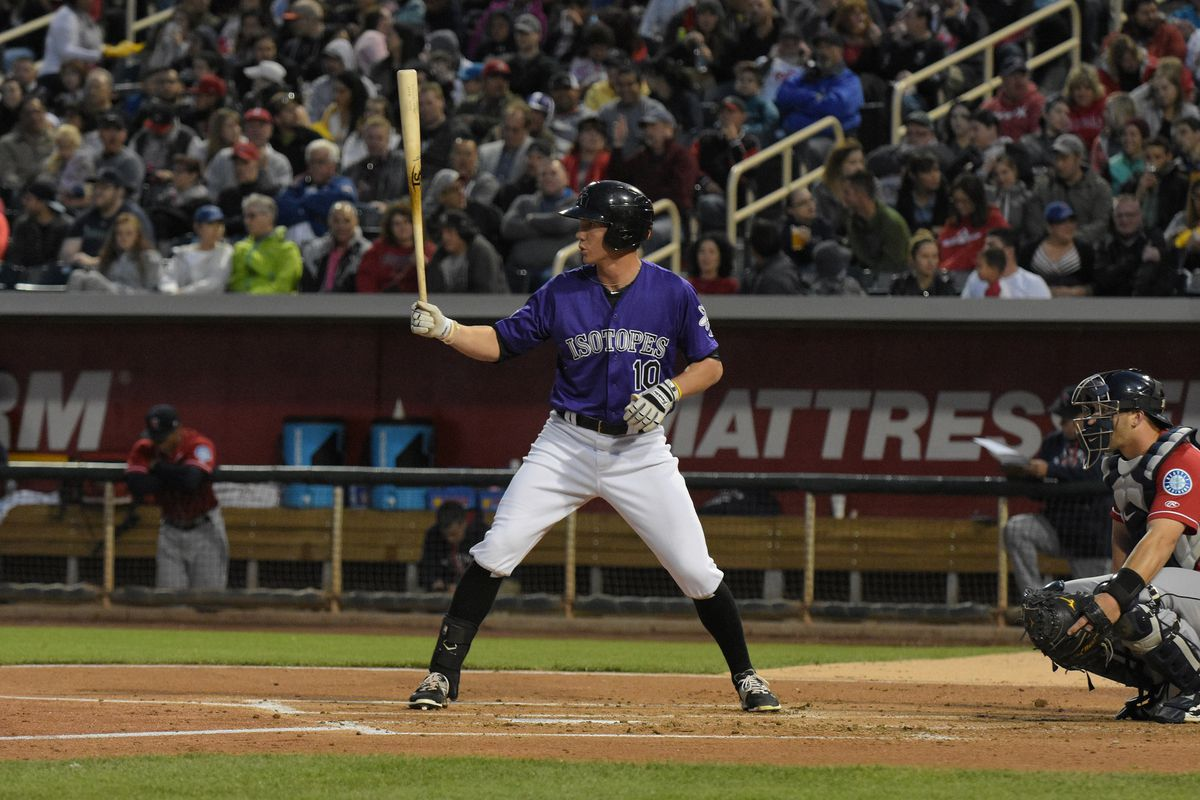 Albuquerque Isotopes prevail on a weird and wacky night