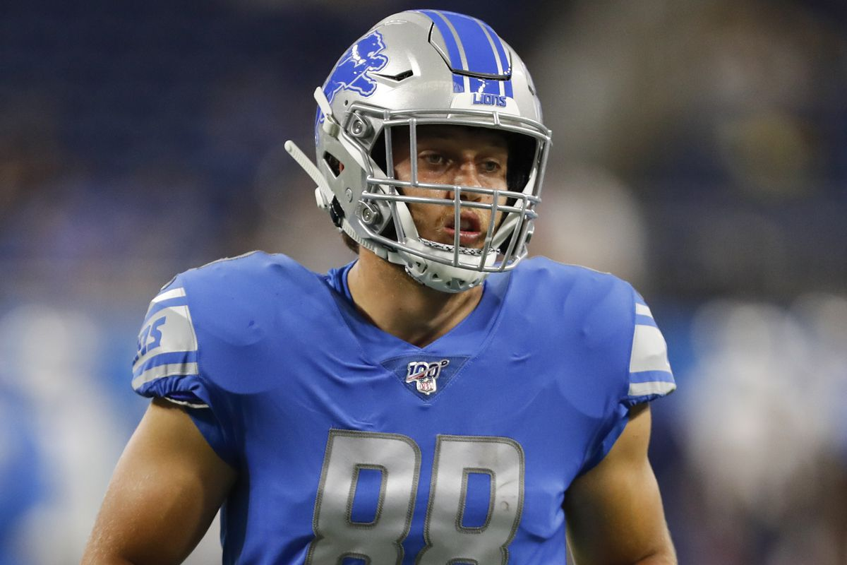 Detroit Lions tight end T.J. Hockenson warms up before the game against the New England Patriots at Ford Field.