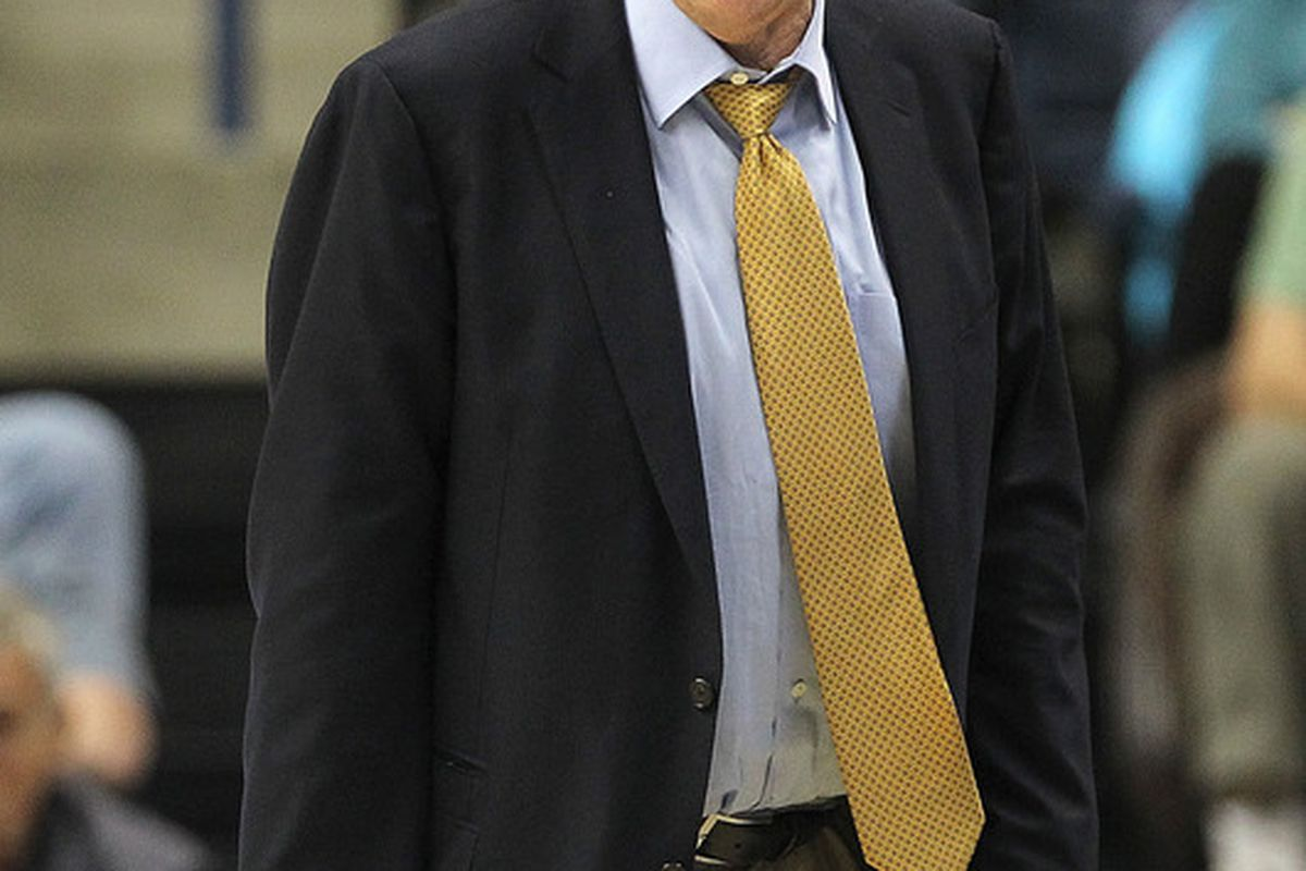 <strong>Jim Calhoun</strong> is announcing his retirement after 40 years of coaching between Northeastern and Connecticut.