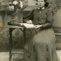 Lizzie Souter is one of 3,000 LDS sister missionaries featured in a new missionary database. She served in the British Mission in 1910.