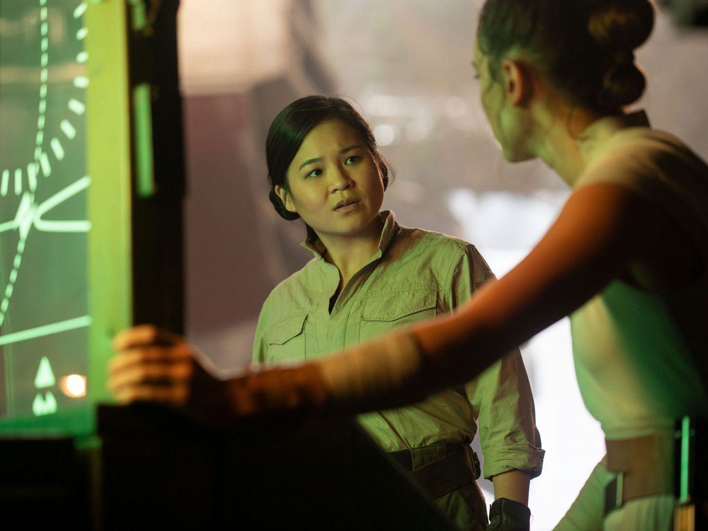 Star Wars Rise Of Skywalker More Than Sidelined Kelly Marie Tran S Character The Verge