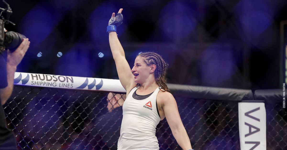Sarah Moras vs. Vanessa Melo set for Nov. 7 UFC event
