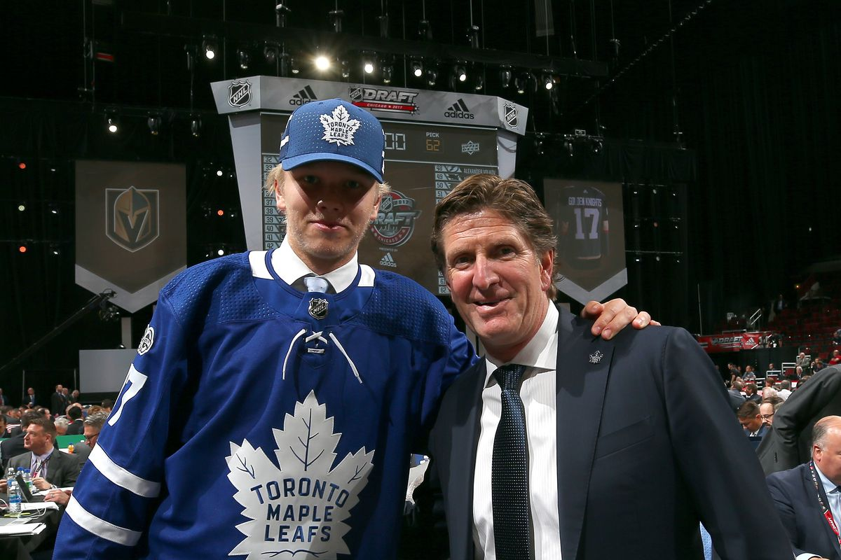Rumours of Maple Leafs defenceman signings  the long and the short ... 8545f50c4f8