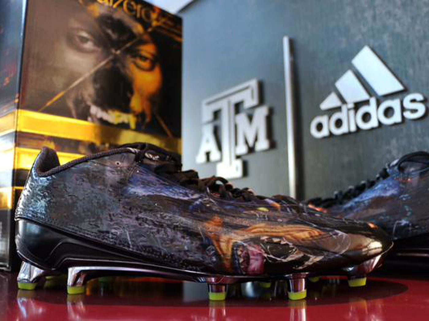 508ac164591 Snoop Dogg designs cleats for A M - Good Bull Hunting