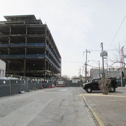 Sun 12/20: Waveland looking west, the cable bridge is GONE! -