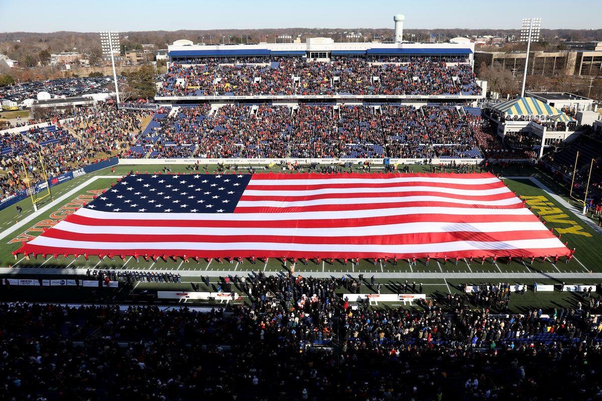 Military Bowl - Virginia v Navy