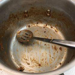 "The ""Food We Love"" team seemed to enjoy Larry's dish!   Linda Yu/ Sun-Times"