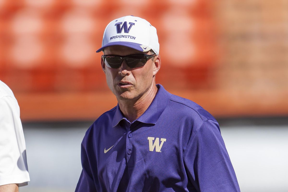 Chris Petersen lands a key in-state recruit in OL Henry Roberts