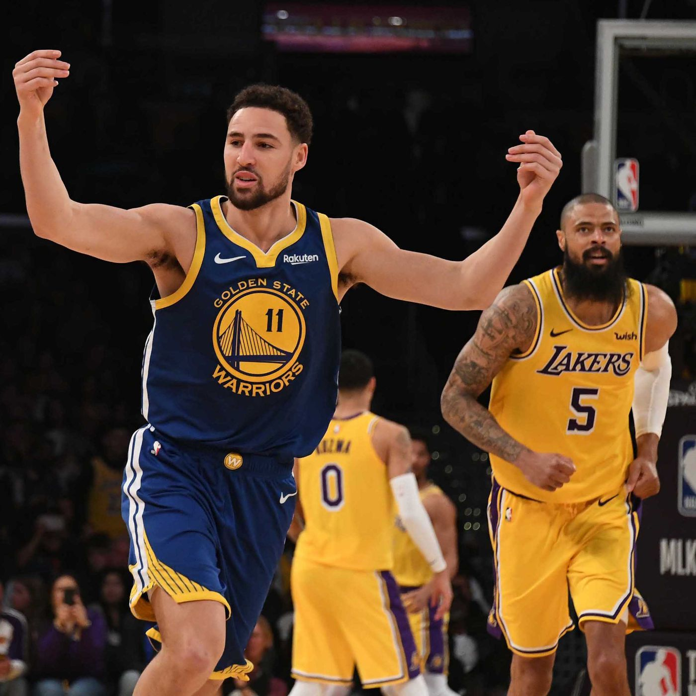 Final Score Thompson S 44 Points Lead Warriors 130 111 Win Vs Lakers Golden State Of Mind