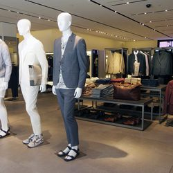 For summer, Zara suggests mandals with suits.