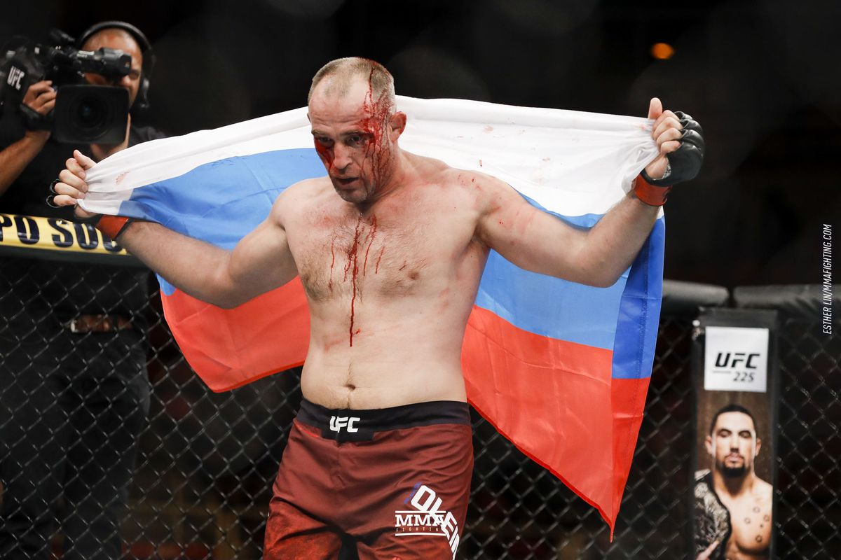 Aleksei Oleinik vs. Mark Hunt in the works for UFC Moscow ...