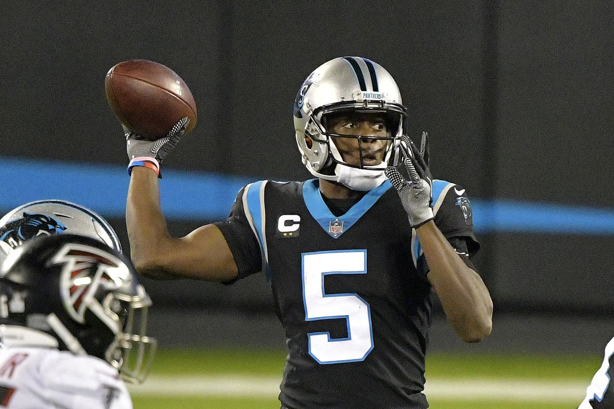 Teddy Bridgewater #5 of the Carolina Panthers passes against the Atlanta Falcons during the fourth quarter at Bank of America Stadium on October 29, 2020 in Charlotte, North Carolina.