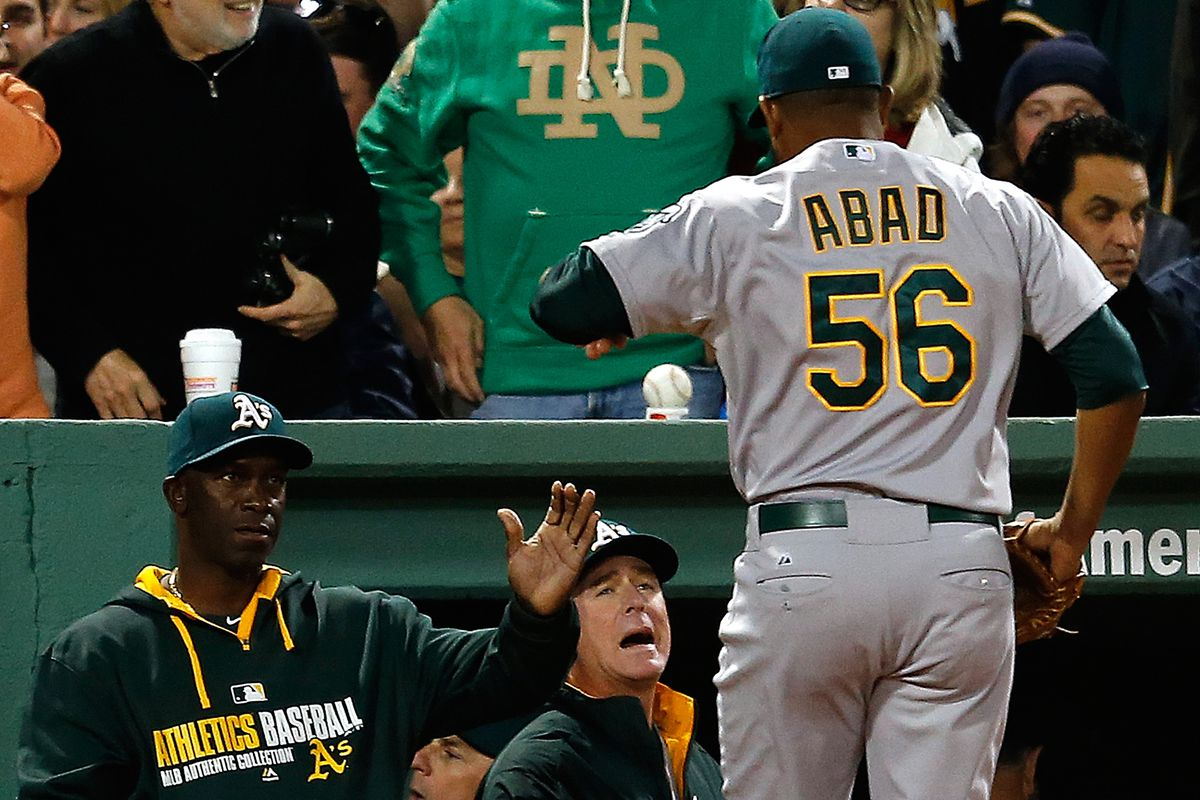 Bob Melvin is so impressed with Fernando Abad's performance that he decides to celebrate by looking about 93 years old.