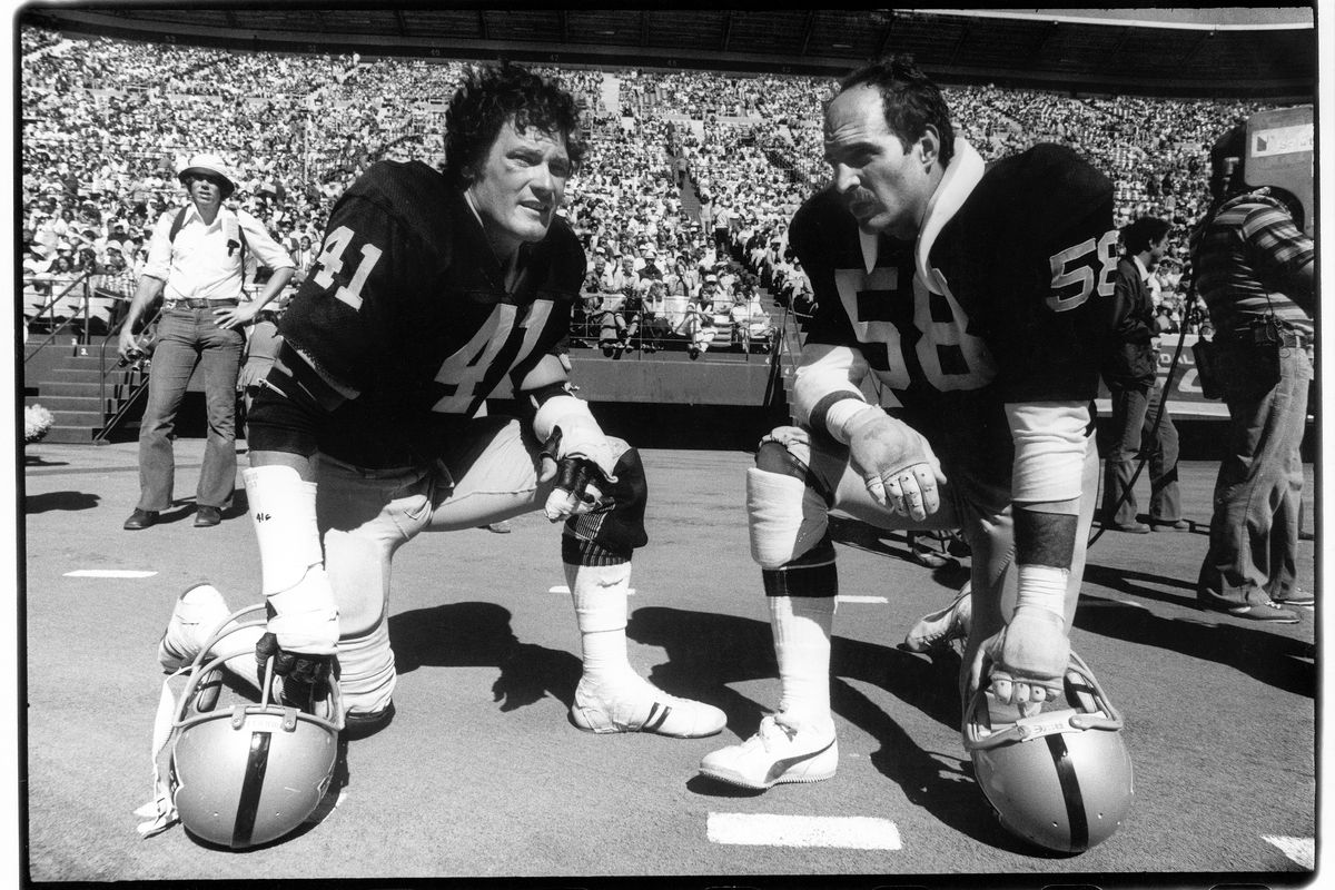 Oakland Raiders v San Francisco 49ers