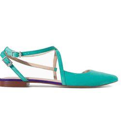 "<b>Zara</b> Crossover Sling Back, <a href=""http://www.zara.com/us/en/trafaluc/shoes/flat-shoes/crossover-sling-back-c358039p1694277.html"">$25.99</a>"
