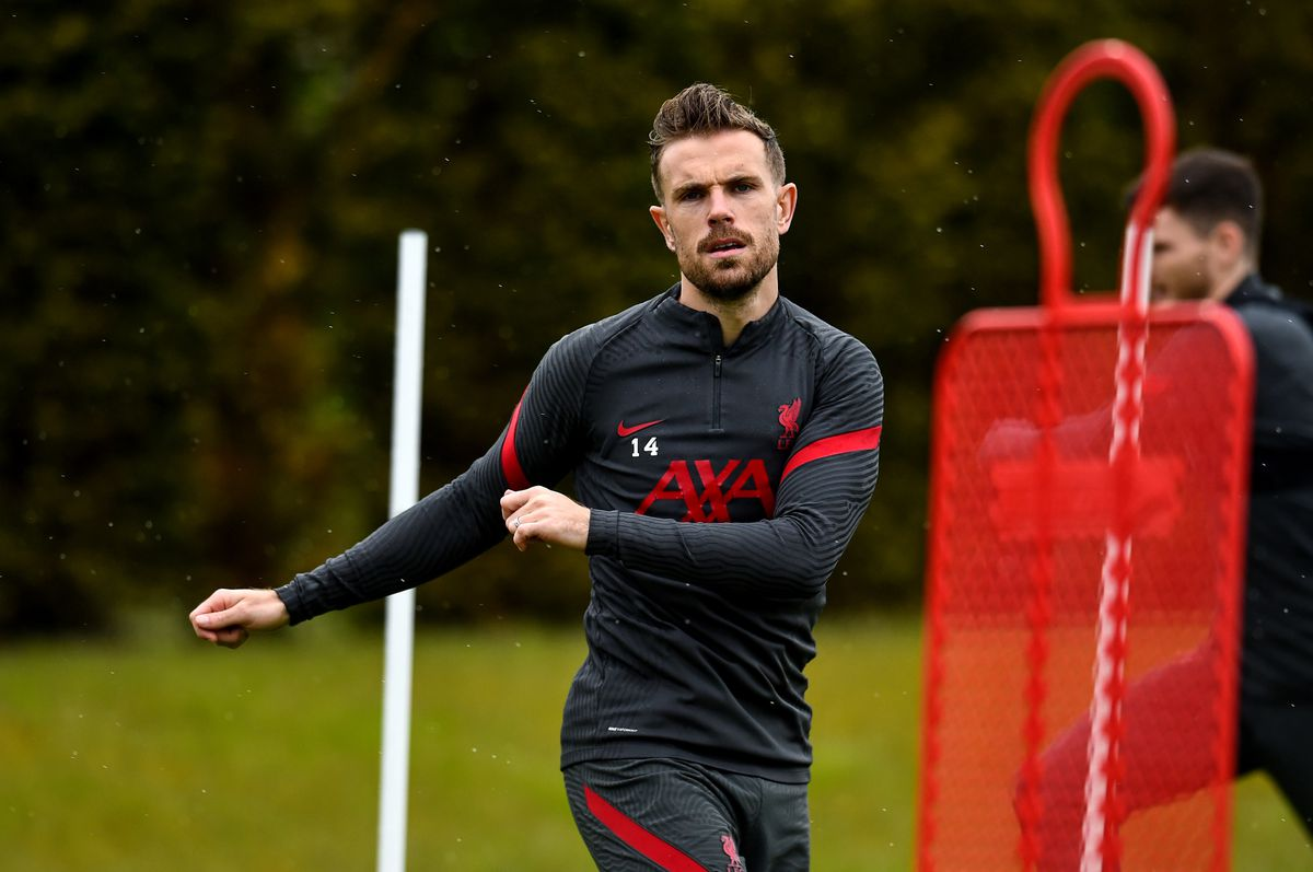 Henderson involved in the warm-up.