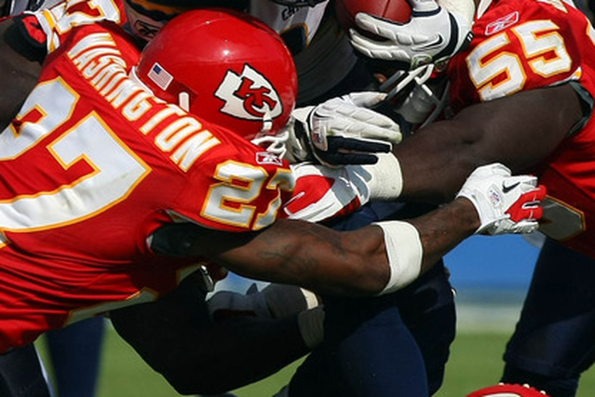 Ryan Mathews #24 of the San Diego Chargers runs for a gain against the Kansas City Chiefs. (Photo by Donald Miralle/Getty Images)