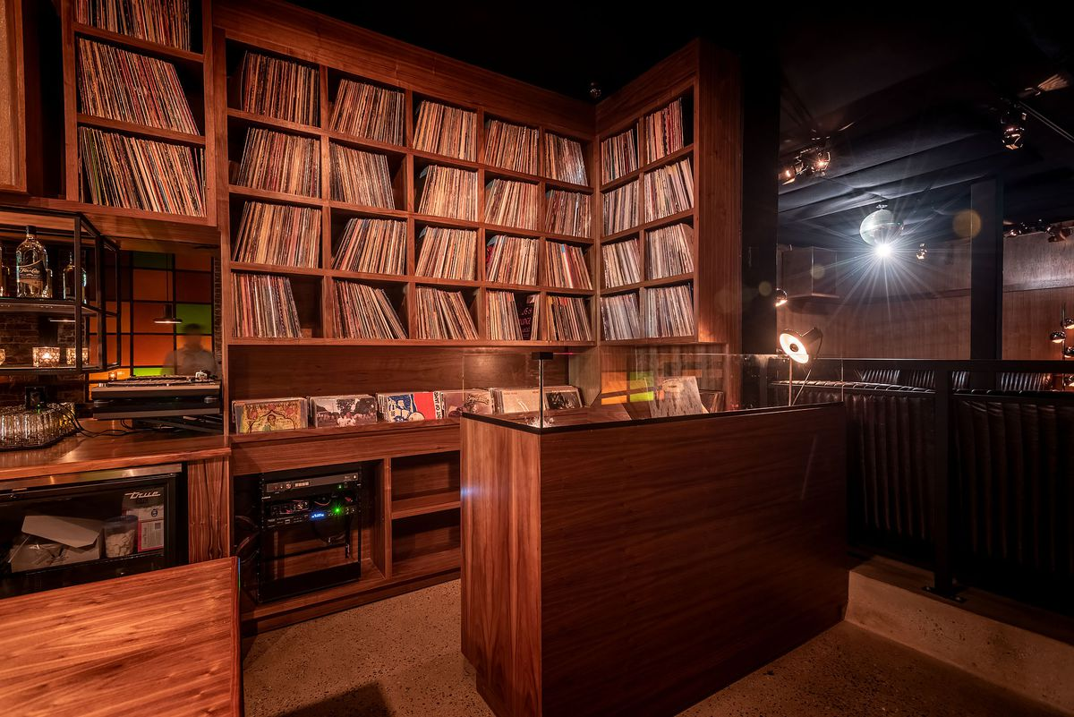 Highland Park S New Gold Line Bar Is A Moody Music Lover S