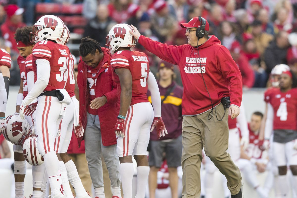 e325f3c2 Wisconsin football: How Badgers can contend in College Football ...