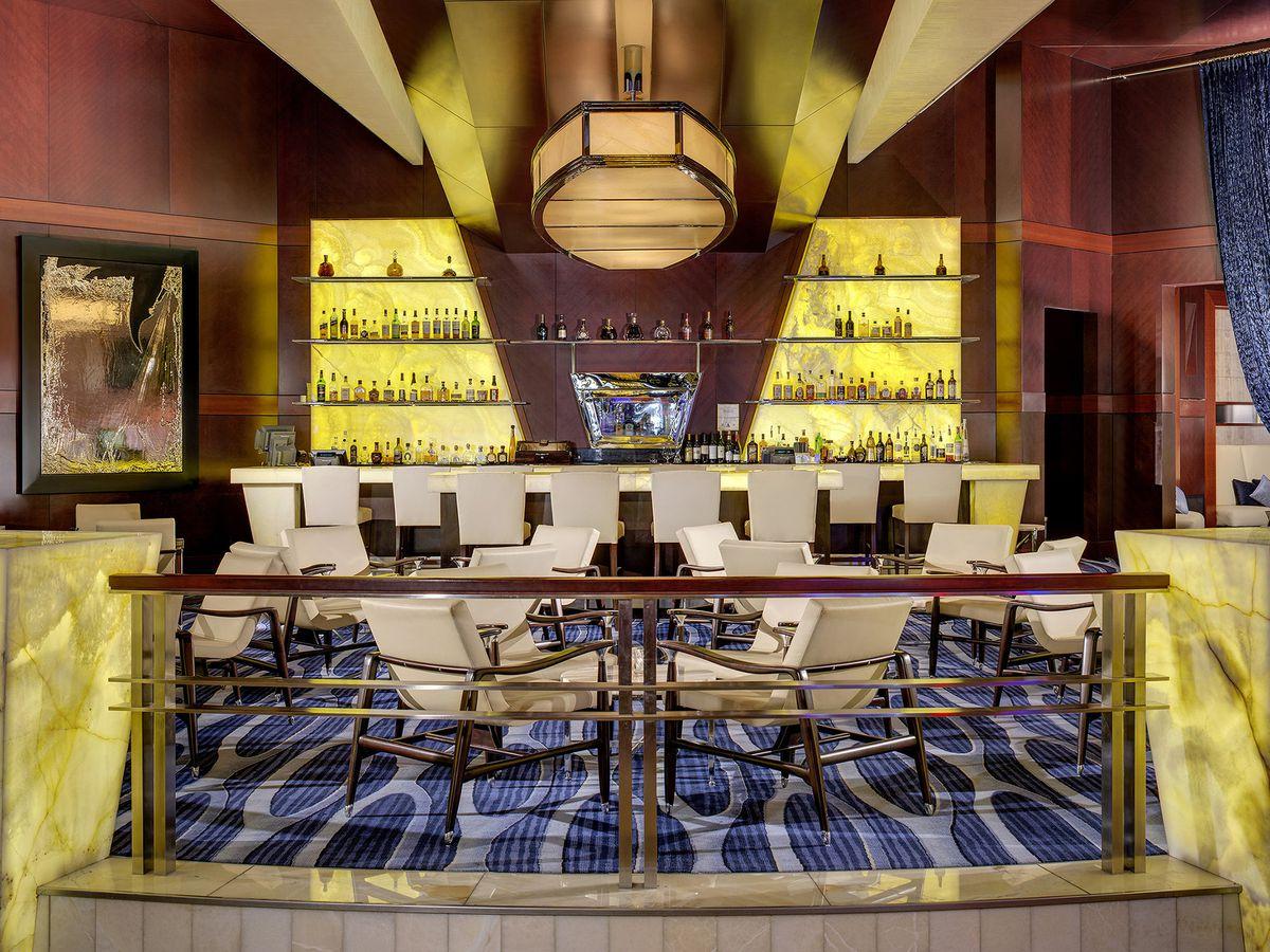 018d935b6e9 The best happy hours at Las Vegas restaurants and bars - Eater Vegas