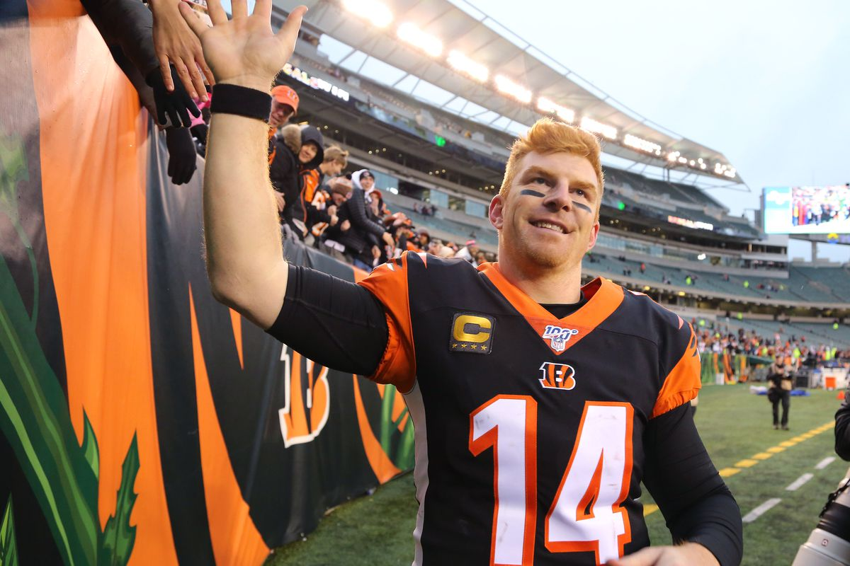 Cincinnati Bengals quarterback Andy Dalton celebrates as the team gets the first win of the season against the New York Jets at Paul Brown Stadium.