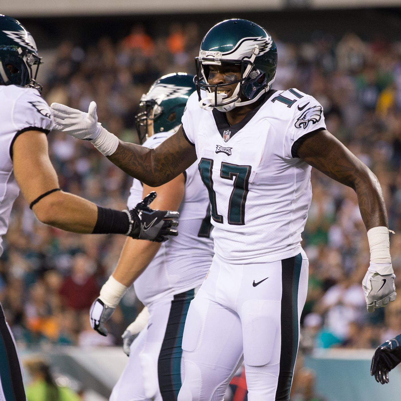 d05c13f14d1 Alshon Jeffery scored his first of many Eagles touchdowns from Carson Wentz  (WATCH)