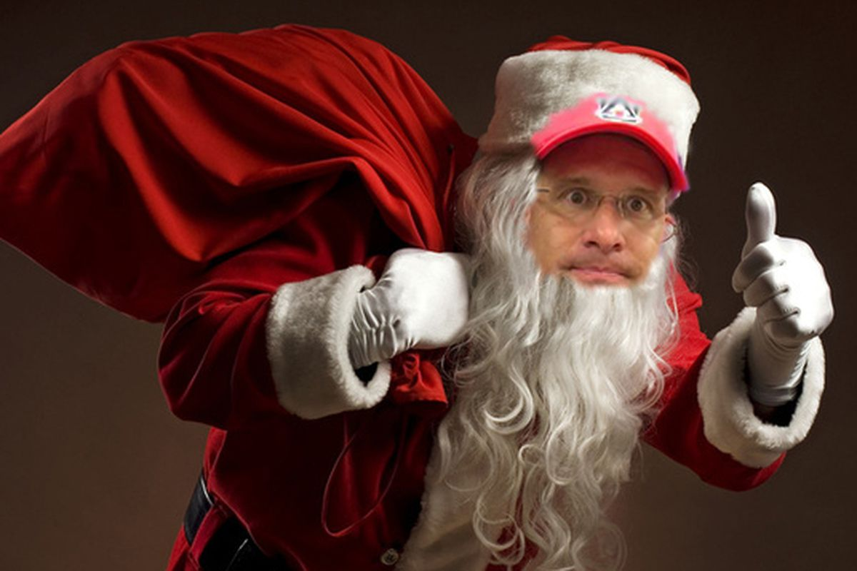 And Santa Gus rode through Alabama with his sack of goodies and burner phone, bringing presents to all the good little linebackers...