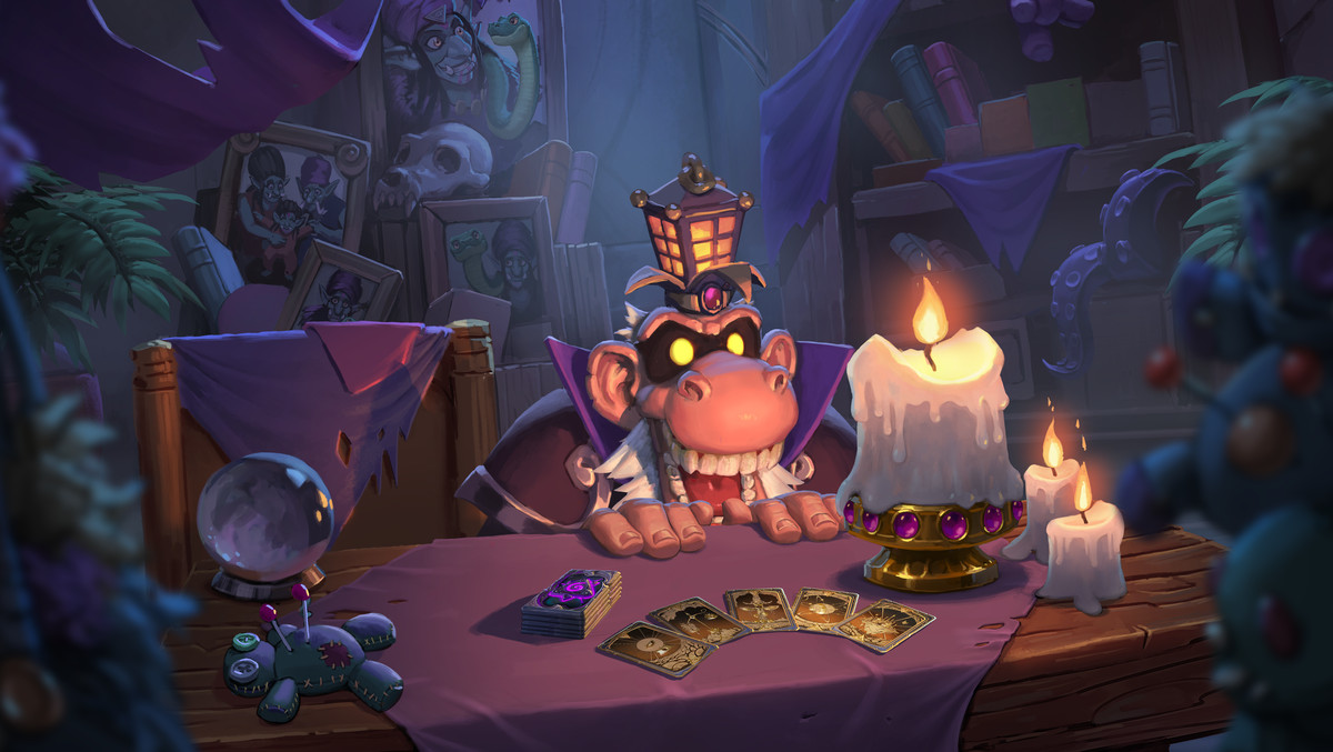 Hearthstone - a kobold sits at a desk, waiting for a customer
