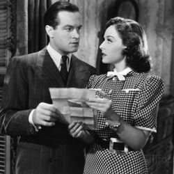"""Bob Hope and Paulette Goddard star in """"The Cat and the Canary"""" (1939)."""