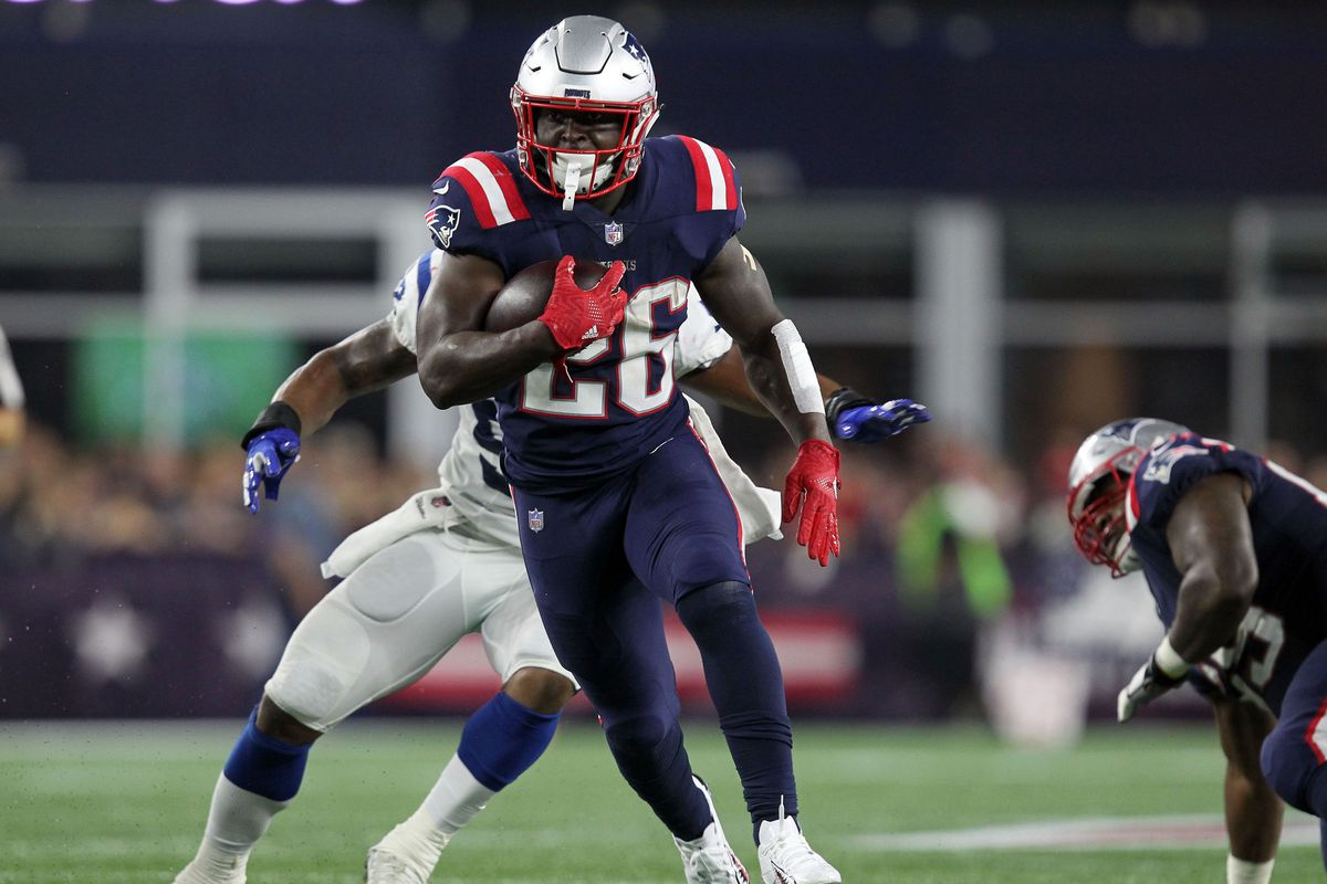 NFL: Indianapolis Colts at New England Patriots