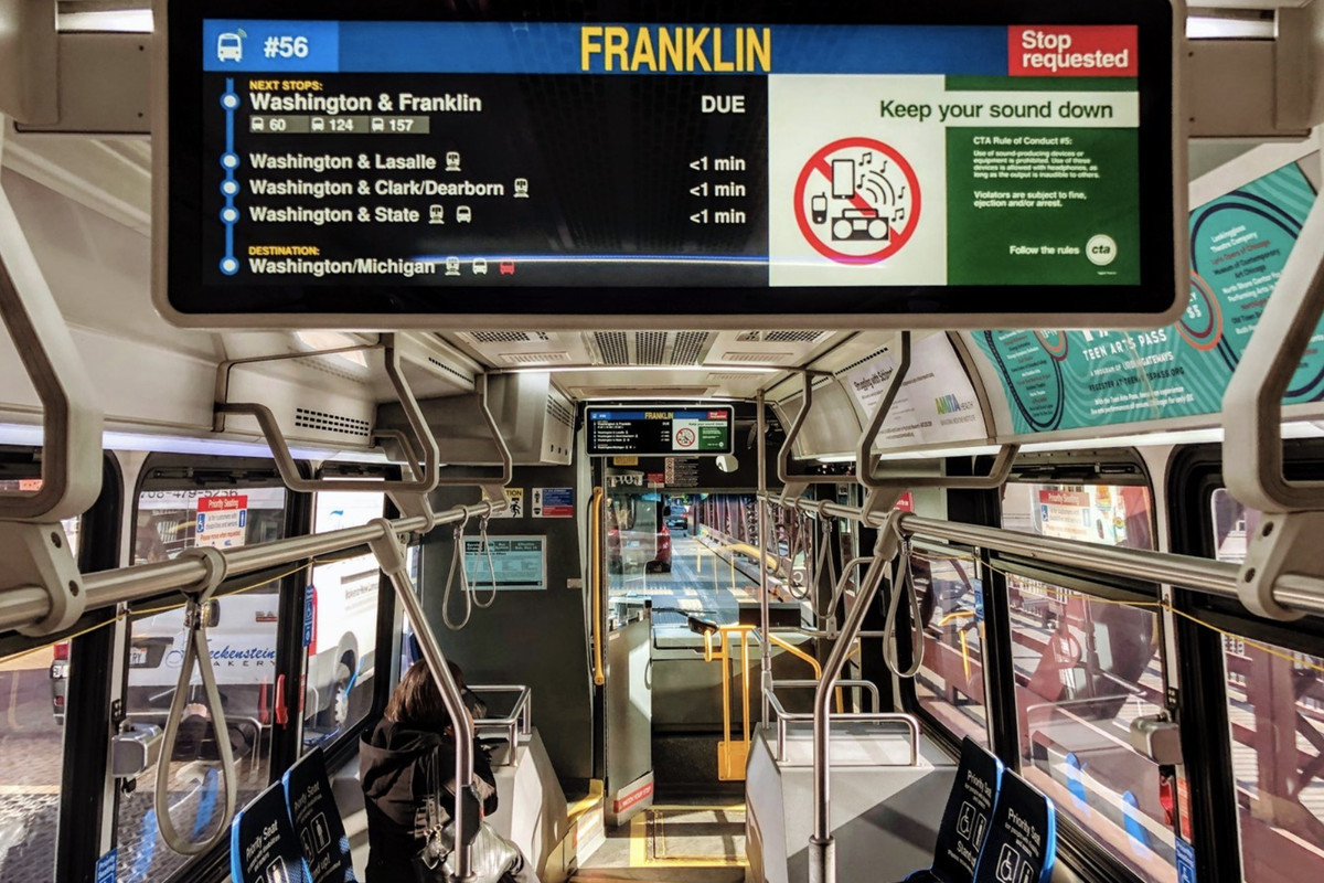 Digital screens debut on select CTA buses - Curbed Chicago