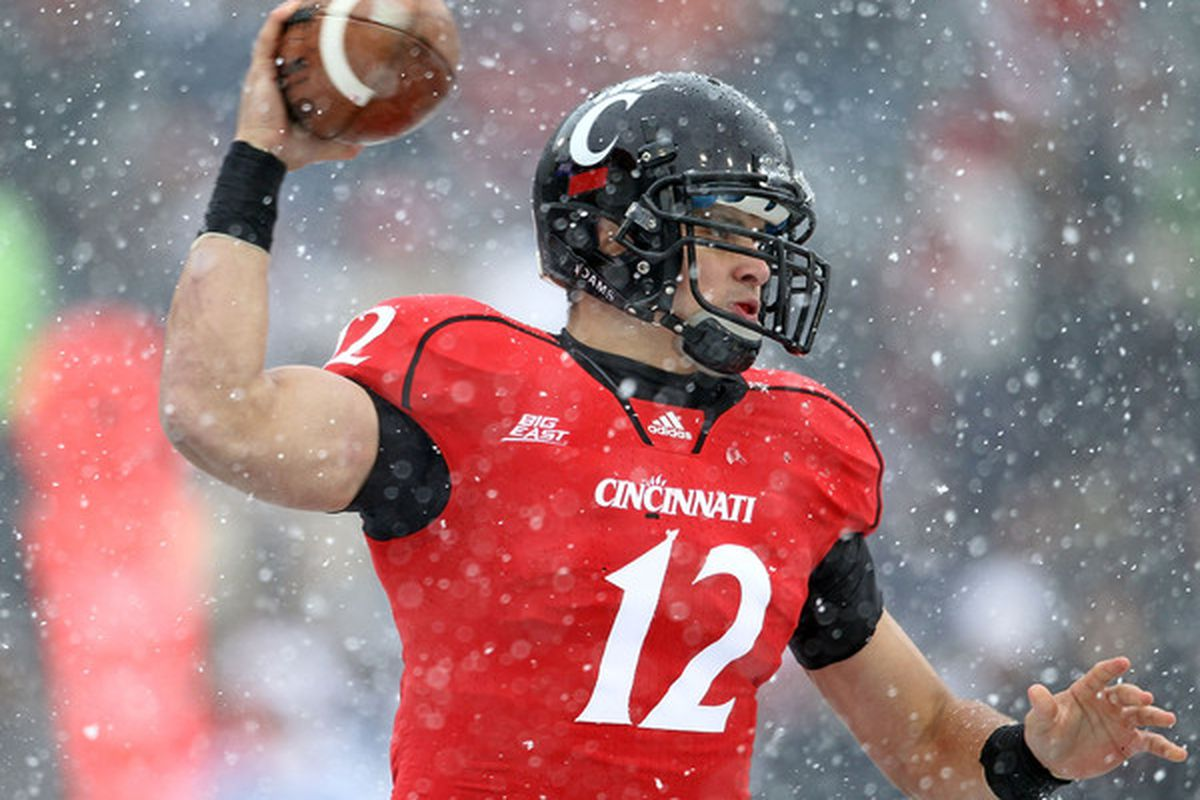 Zach Collaros is one of 7 Bearcats to make the All Big East Football teams (Photo by Andy Lyons/Getty Images)