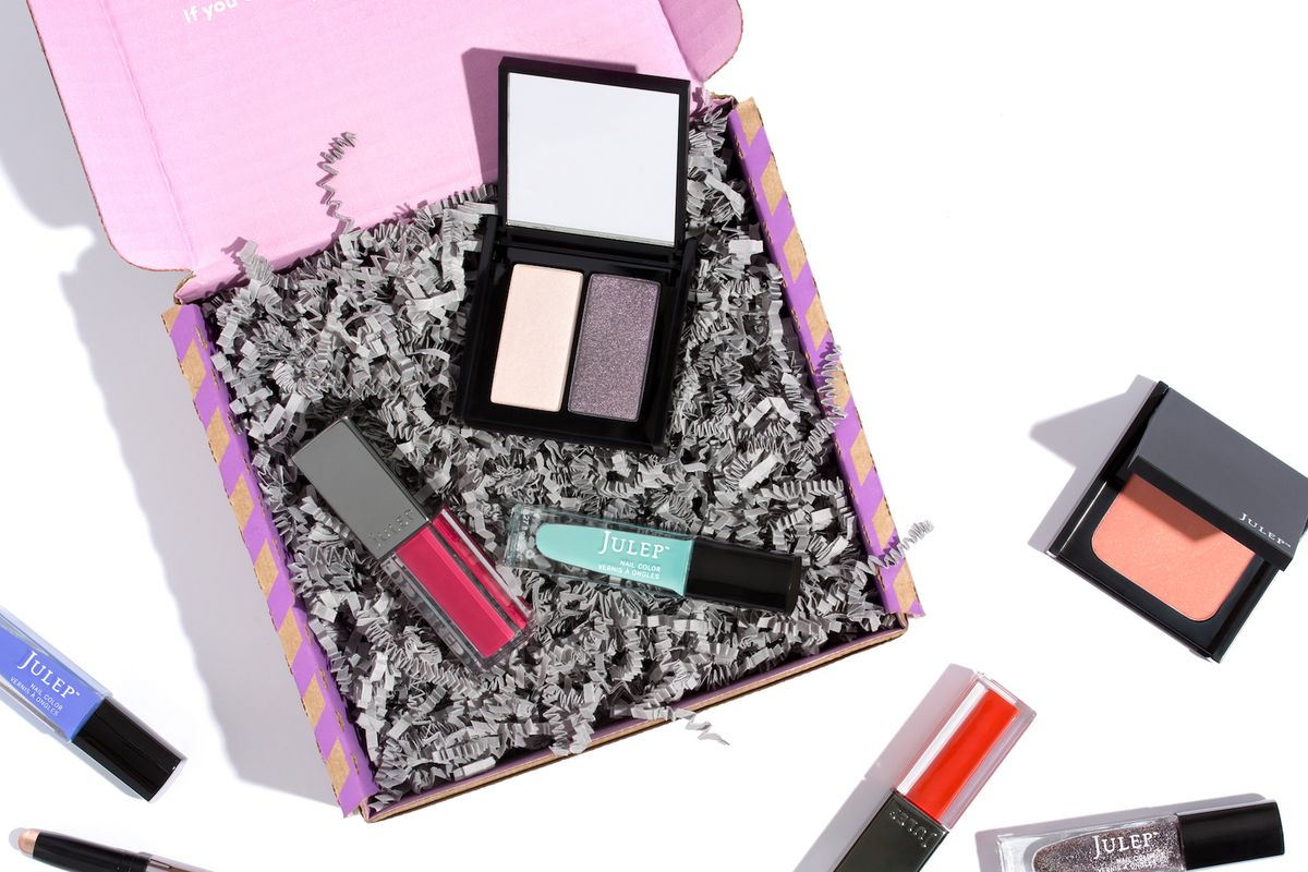 The Best Subscription Boxes to Gift for the Holidays