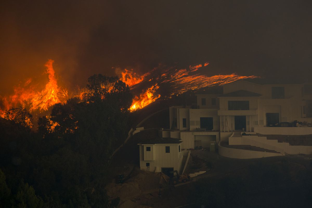 Woolsey Fire Latest Example Of California S Age Of Megafires