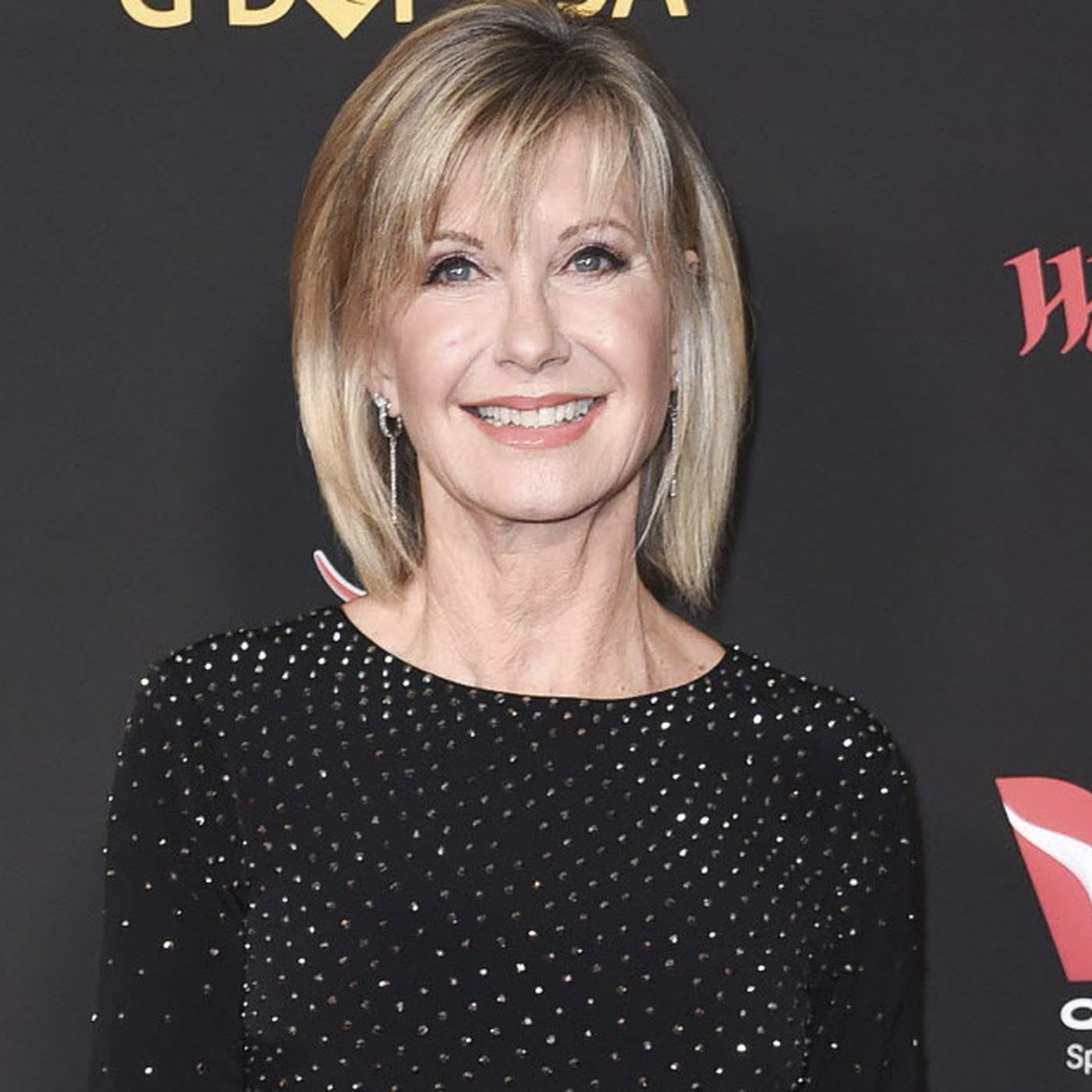 Olivia Newton John S Family Denies Rumors That She S Dying Chicago Sun Times