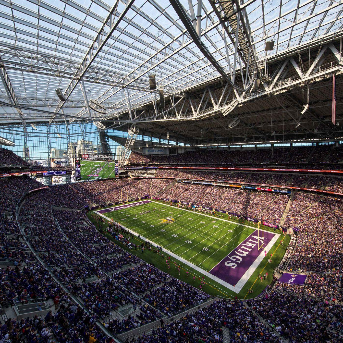 Vikings US Bank Stadium s windows open for 43 degree day SBNation