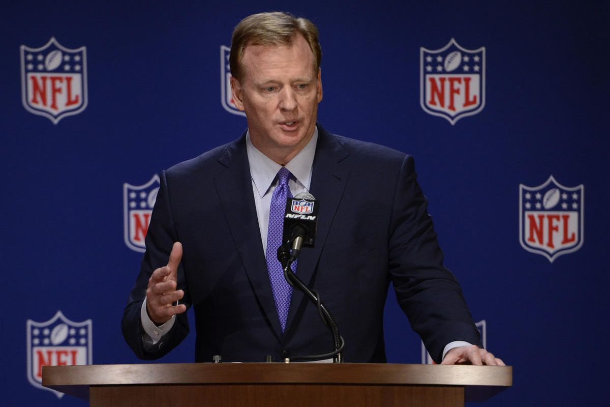 NFL commissioner Roger Goodell speaks to the media after an NFL owners meeting, Tuesday, May 23, 2017, in Chicago. (AP Photo/Paul Beaty)