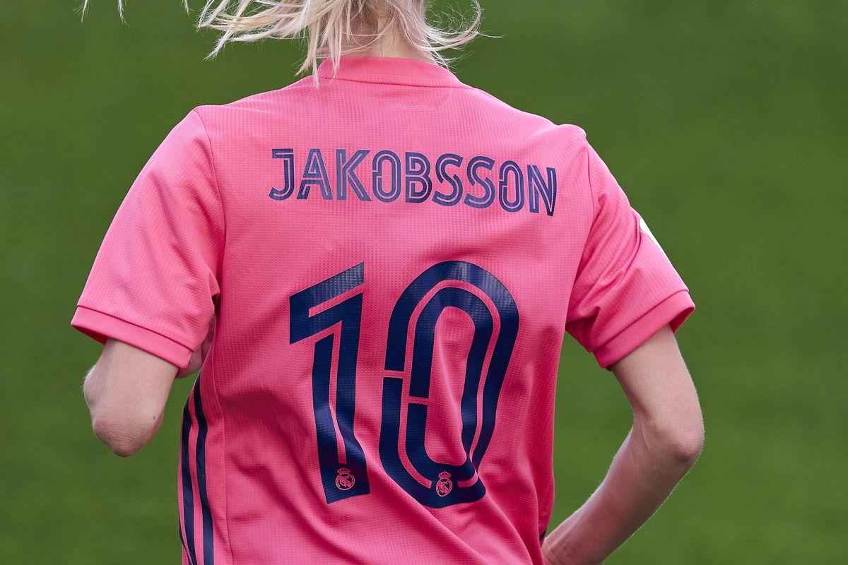 Real Madrid Femenino v Rayo Vallecano Femenino - La Liga Femenino
